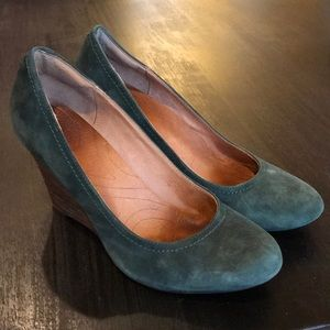 Clarks emerald suede wedge shoes